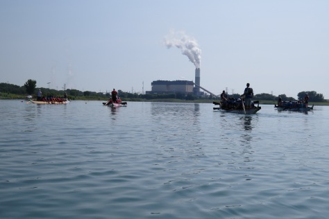The final heat of the morning. There were 13 teams. Each heat had three teams racing with the last one racing four.